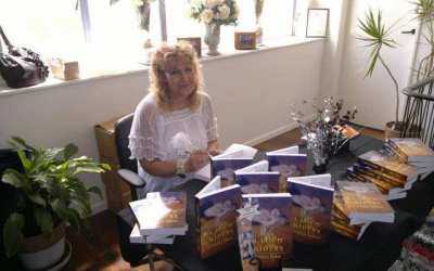 Debbie's Desk – Selling fantasy fiction face to face